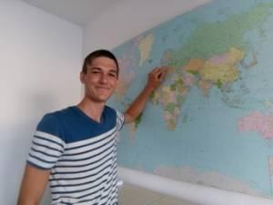Jakob bei seinem Freiwilligeneinsatz in Lettland